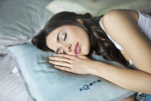 woman in Chicago cured her sleep apnea and sleeping soundly